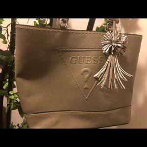 A Green Guess Shoulder Bag!!!